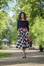 white polka dot Mohito skirt - black pigalle Christian Louboutin heels