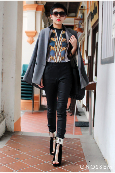 Jeffrey Campbell shoes - Lion Earl dress - Finders Keepers jeans - blazer