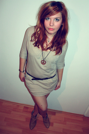 beige New Yorker dress - beige Bershka shoes - brown Bershka belt - brown New Yo