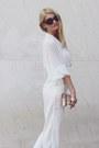 Moa-bag-meli-melo-sunglasses-atmosphere-blouse