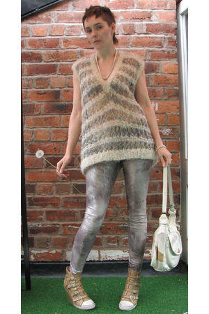 beige Handmade from Charity shop find top - silver Dorothy Perkins leggings - be