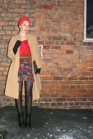 vintage accessories - vintage coat - vintage skirt - vintage vest - vintage belt