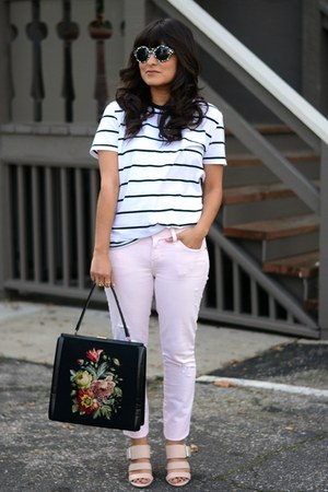 light pink Current Elliot jeans - black brandy melville t-shirt