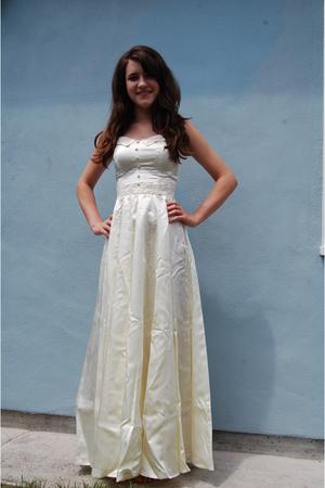My mom's wedding dress!