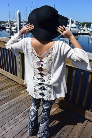 white flared sleeves Altard State blouse - black paisley Charlotte Russe pants