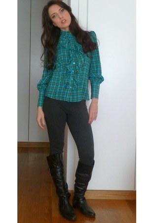 Zara boots - Zara leggings - Jo Borgett shirt