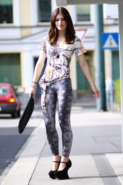 snakeskin vintage leggings - cotton Religion shirt