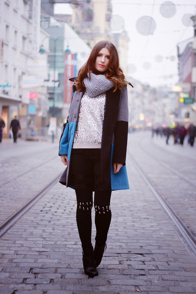 Sky-blue-edgy-vintage-coat-ivory-sequins-h-m-sweater
