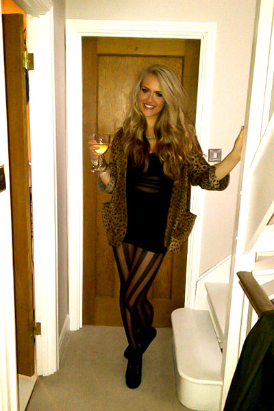 black Motel Rocks dress - black Topshop tights - gold Topshop necklace