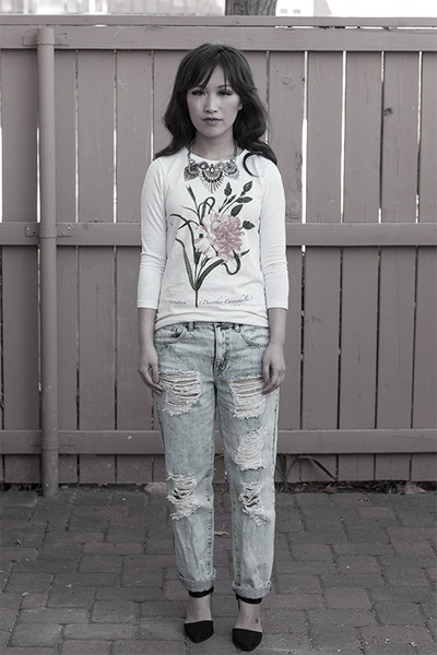 Forever 21 jeans - floral print Jcrew t-shirt - silver metal windsor necklace