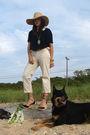 Beige-jcrew-hat-black-madewell-top-beige-pants-black-tommy-hilfilger-shoes
