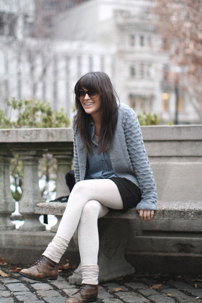 dark brown Old Riding Boots boots - sky blue Urban Outfitters sweater - sky blue