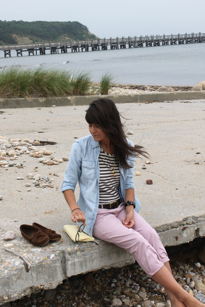 blue Gap shirt - blue madewell shirt - brown belt - pink Jcrew pants - yellow vi