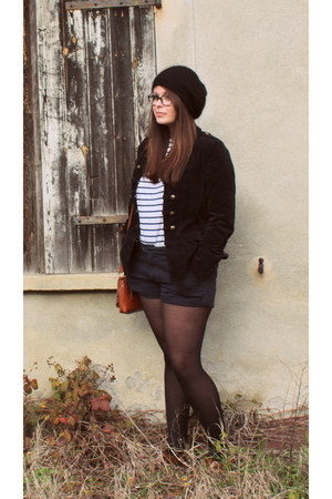 Mango hat - vintage jacket - Pull and Bear shorts