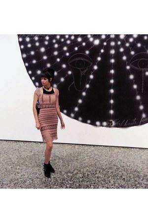 light pink knit vintage dress