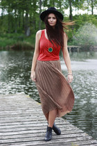 floaty chiffon Lookbook Store skirt - gold Lookbook Store necklace