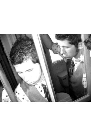 vintage vest - dior tie - Oscar de la Renta shirt