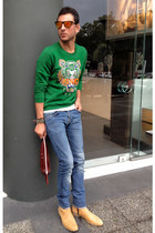 green Kenzo sweater - gold acne boots - blue H&M jeans - crimson balenciaga bag