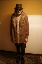 black Dr Martens boots - brown fox fur vintage coat - dark gray Zara jeans - dar