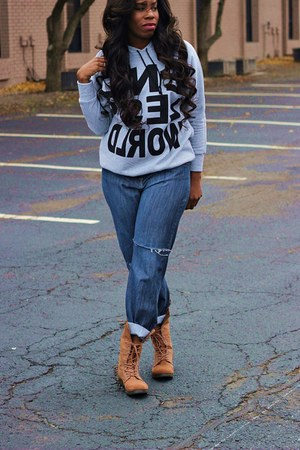 tawny boots - navy ripped jeans - heather gray hoodie sweater