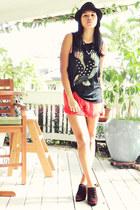 black BCBG necklace - Nicole Toledo boots - black fedora f21 hat