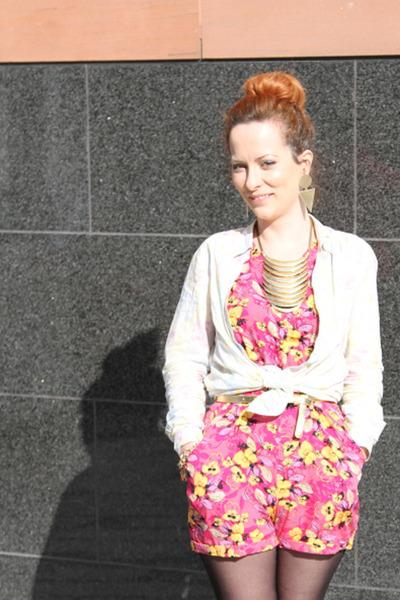 b9b617e22dff hot pink floral Primark romper - gold golden new look belt