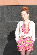 hot pink floral Primark romper - gold golden new look belt