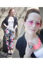 neon new look necklace - Precis blazer - aviators joe browns sunglasses