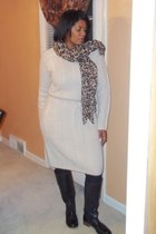 beige sweater dress H&M dress - black Lucky Brand boots - bronze H&M scarf
