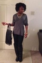 black purse - black boots - black Forever 21 jeans