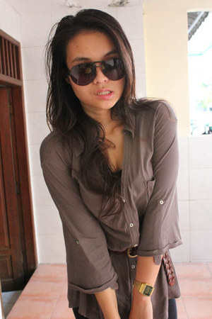 light brown unbranded shirt - black Gucci sunglasses - black Forever21 top - dar
