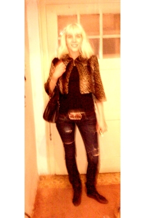 Zara jeans - Zara shirt - custom made jacket - Zara purse - Bershka boots