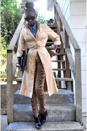 camel coat - black modern vintage boots - black bag - black sunglasses