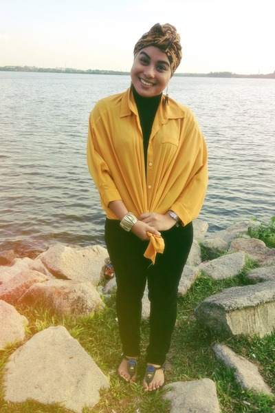 black turtle neck top top - black H&M jeans - mustard shirt - bronze scarf
