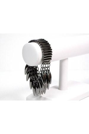 dark gray gunmetal spikes My Alexas Store bracelet