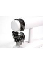 Dark-gray-gunmetal-spikes-my-alexas-store-bracelet