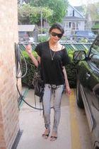 black isshu top - Silence  Noise jeans - Dolce Vita shoes - GF Ferre sunglasses
