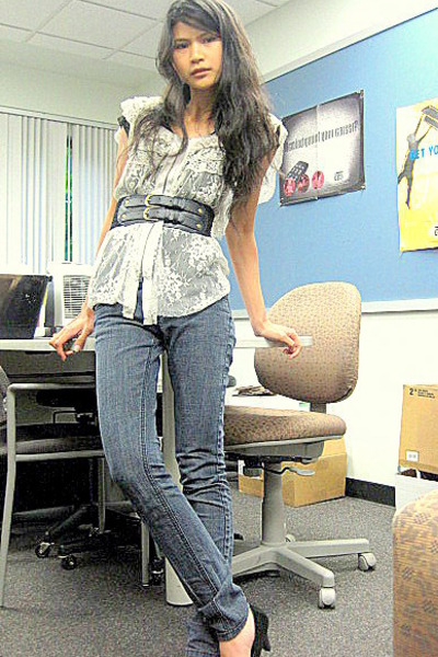 free people top - black f21 t-shirt - f21 jeans - Dolce Vita shoes - random acce