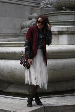 cream Eye Ful dress - black freedom to be jacket - crimson Forever 21 sweater