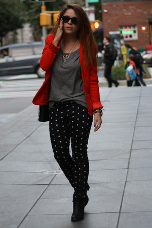 red Jennifer Lopez blazer - black Zara bag - gray Gap t-shirt