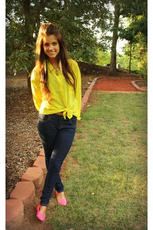 Rue 21 necklace - skinny Forever 21 jeans - neon pink Rue 21 flats