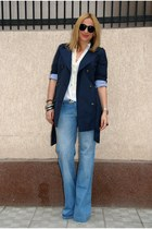 light blue Bershka jeans - navy Zara jacket - black Bershka sunglasses - white H