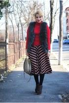 Topshop skirt - asos boots - Miu Miu bag - H&M vest - Massimo Dutti blouse