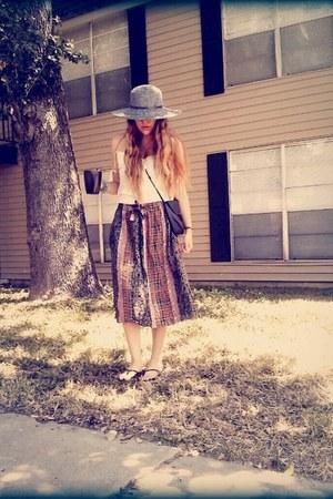 coral thrifted vintage skirt - navy Target hat - navy thrifted vintage purse