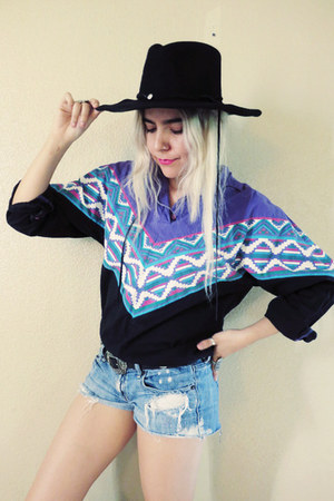black hat - sky blue shorts - purple 100  cotton Southwest Canyon blouse