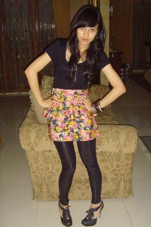 forever 21 latex leggings - Topshop lace up heels - Black and flowery peplum dre