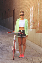 Lefties jacket - H&M shorts - eBayes sunglasses - Bershka top - nike sneakers