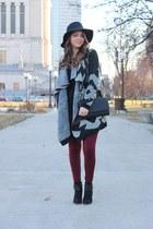 marsala Tulip leggings - Target boots - Forever 21 hat - H&M bag