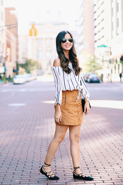 suede H&M skirt - lace-up flats Zara shoes - crossbody H&M bag