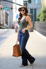 Vince-camuto-shoes-flared-h-m-jeans-h-m-hat-justfab-bag